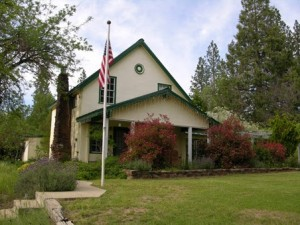 Meadow Creek Ranch Inn, a bed and breakfast near Yosemite National Park